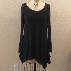 Philosophy Black/ Charcoal Gray Tunic Top